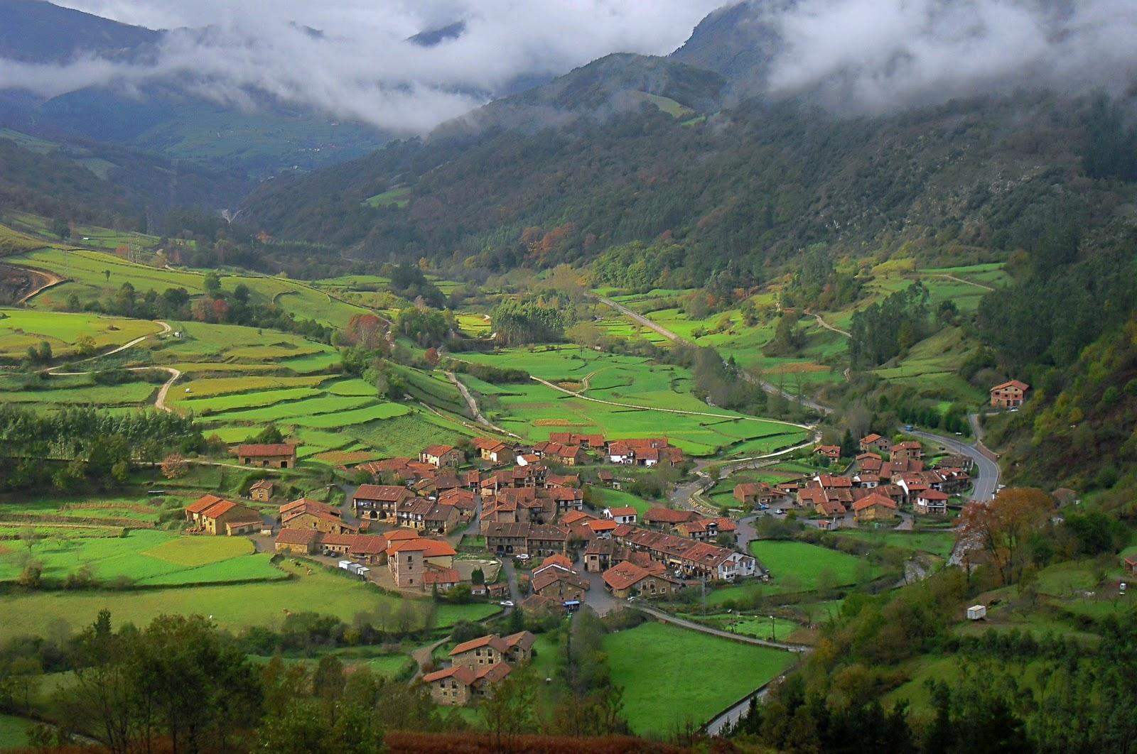 Carmona en cantabria la posada de somo casa rural en somo for Casas de pueblo en cantabria